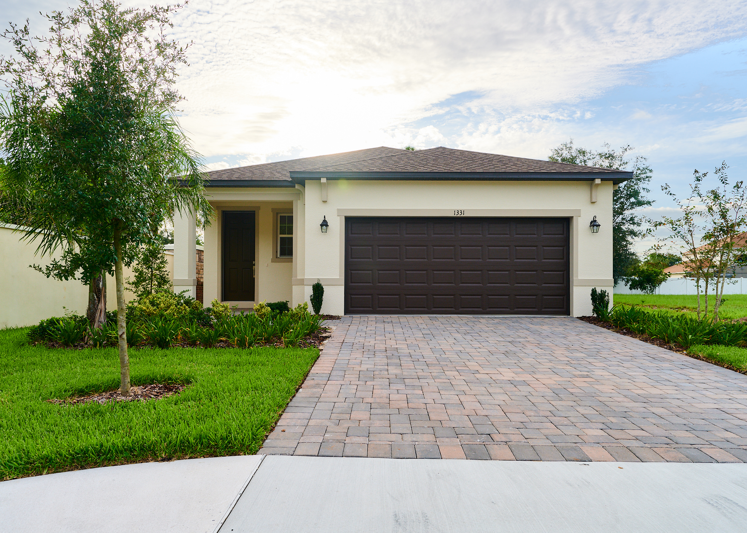 1331 Arisha Home With Garage | Modern Home Architectures in Orlando, FL